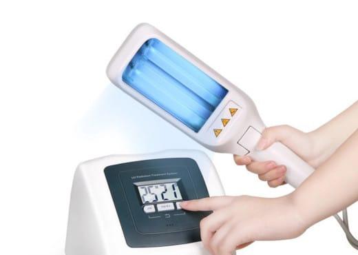 Lumenica ručná UVB lampa